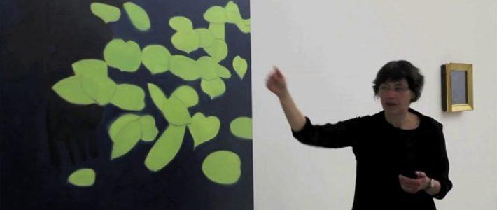 Mme Cristina Oliosi, lors d'une visite guidée au Musée cantonal des Beaux-Arts à Lausanne en avril 2013