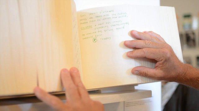 Livre d'or créé dans le cadre de l'exposition « Genesis » du photographe Sebastião Salgado au Musée de l'Elysée en septembre 2013