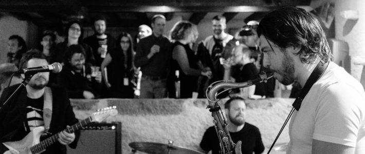 Guillaume Perret jamant au Caveau des Vignerons durant le Cully jazz 2015 @ Nicolas Cuany